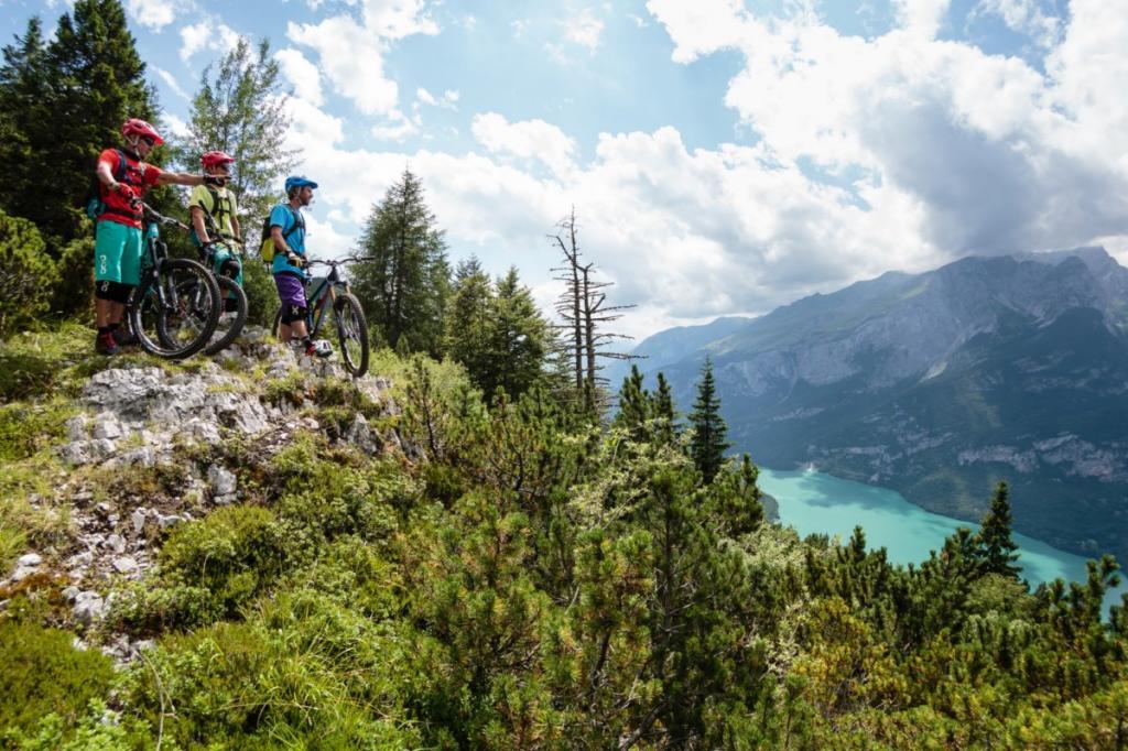 mountain bike Dolomiti Paganella Trentino 7