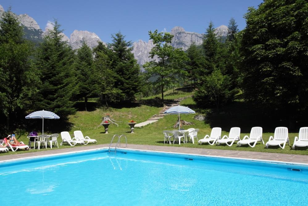 Hotel Molveno_Pisicna e giardino