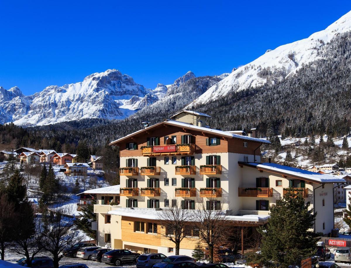 Alphotel Milano esterno con neve 2019