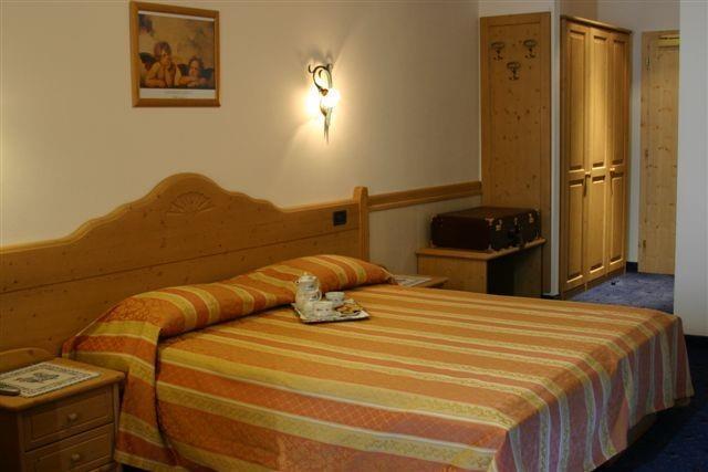 albergo Miravalle camera