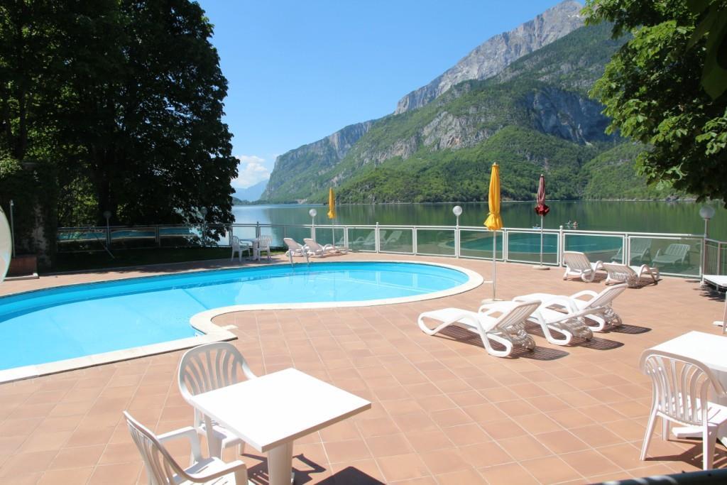 Lago park hotel ricettivit molveno azienda per il - Hotel a molveno con piscina ...