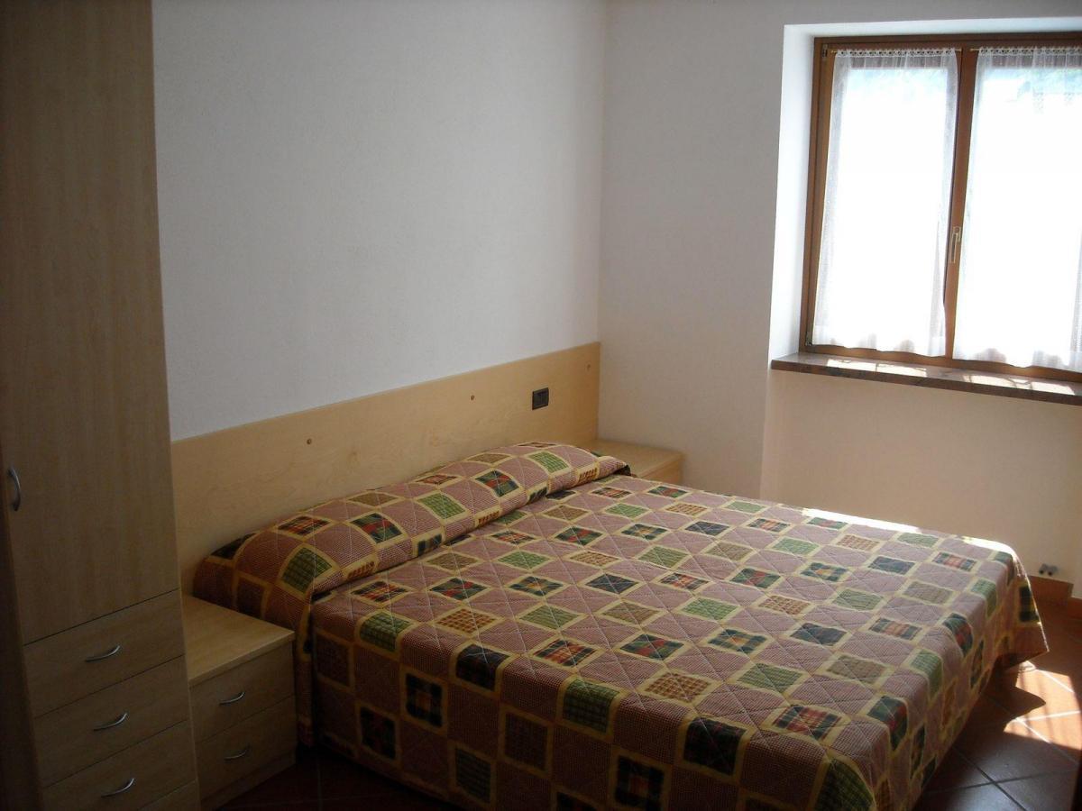 Appartamento casa castei ricettivit molveno azienda for 3 piani della casa della camera da letto di storia 5