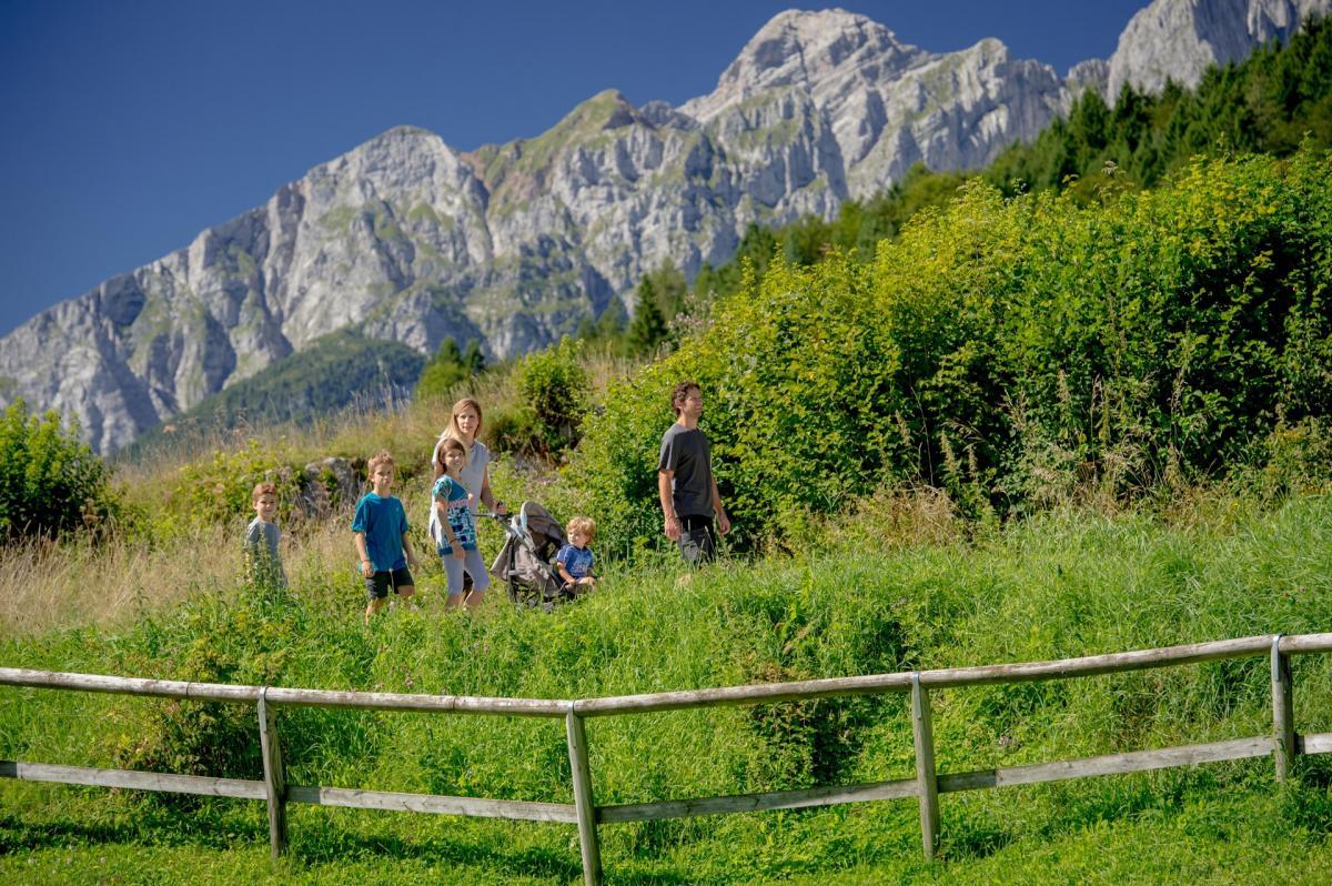2016_PHMatteoDeStefano_Andalo_montagna_family_passeggiate_passeggini_lago_parco_LifePark_Dolomiti_Paganella_Trentino_(21)