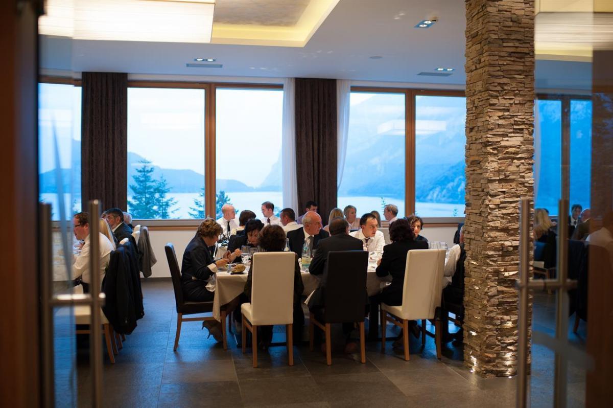 hotelmolveno_vetrate vista ristorante