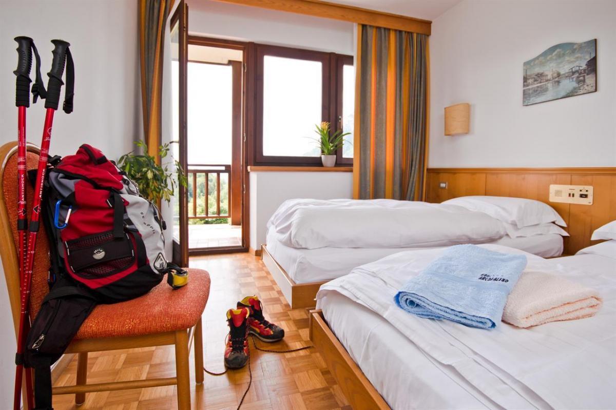 Standard Room_1