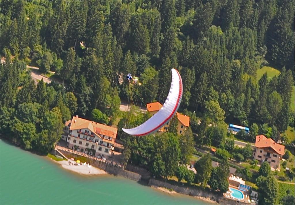 Lago Park e parapendio