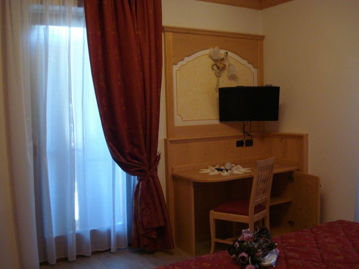 Hotel_Cristallo_Andalo_camera_200x175