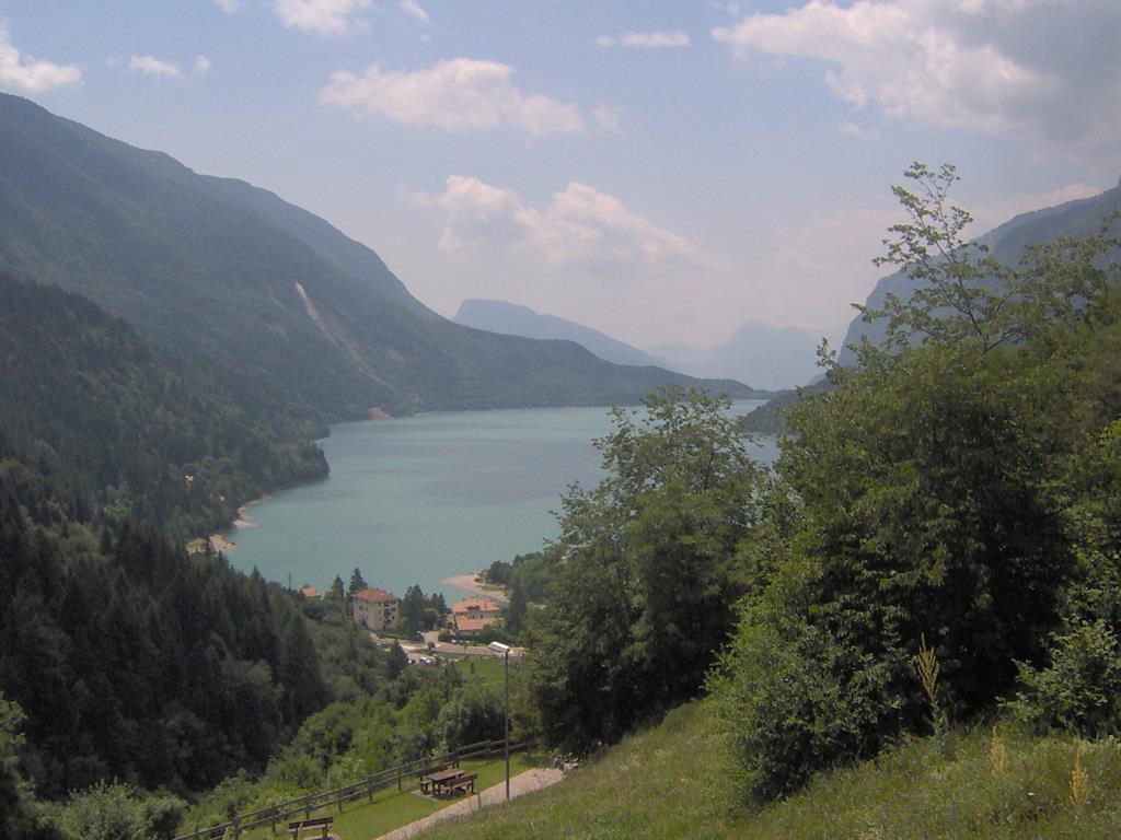 La perla del Lago - vista lago 02