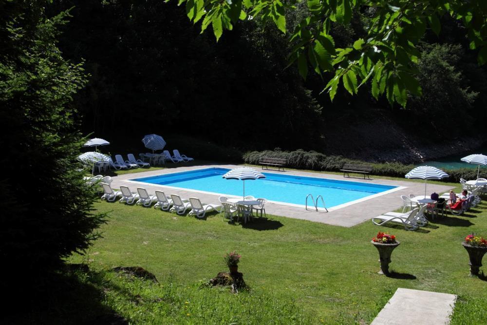 hotel molveno_pisicna e solarium