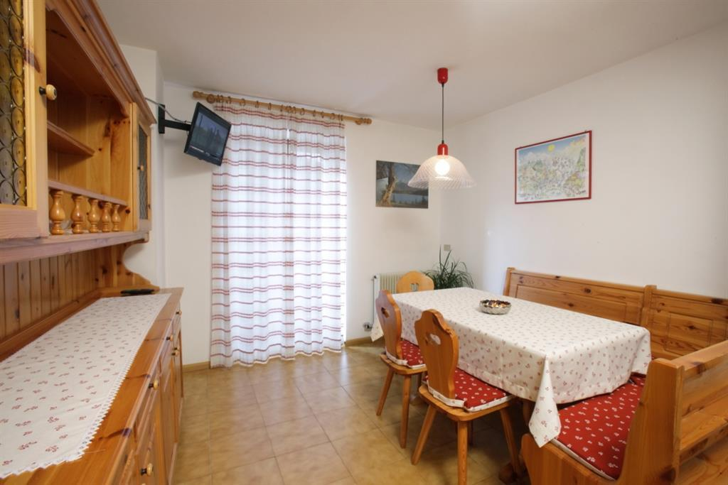 Bottamedi_Sisinio_cucina-soggiorno 02