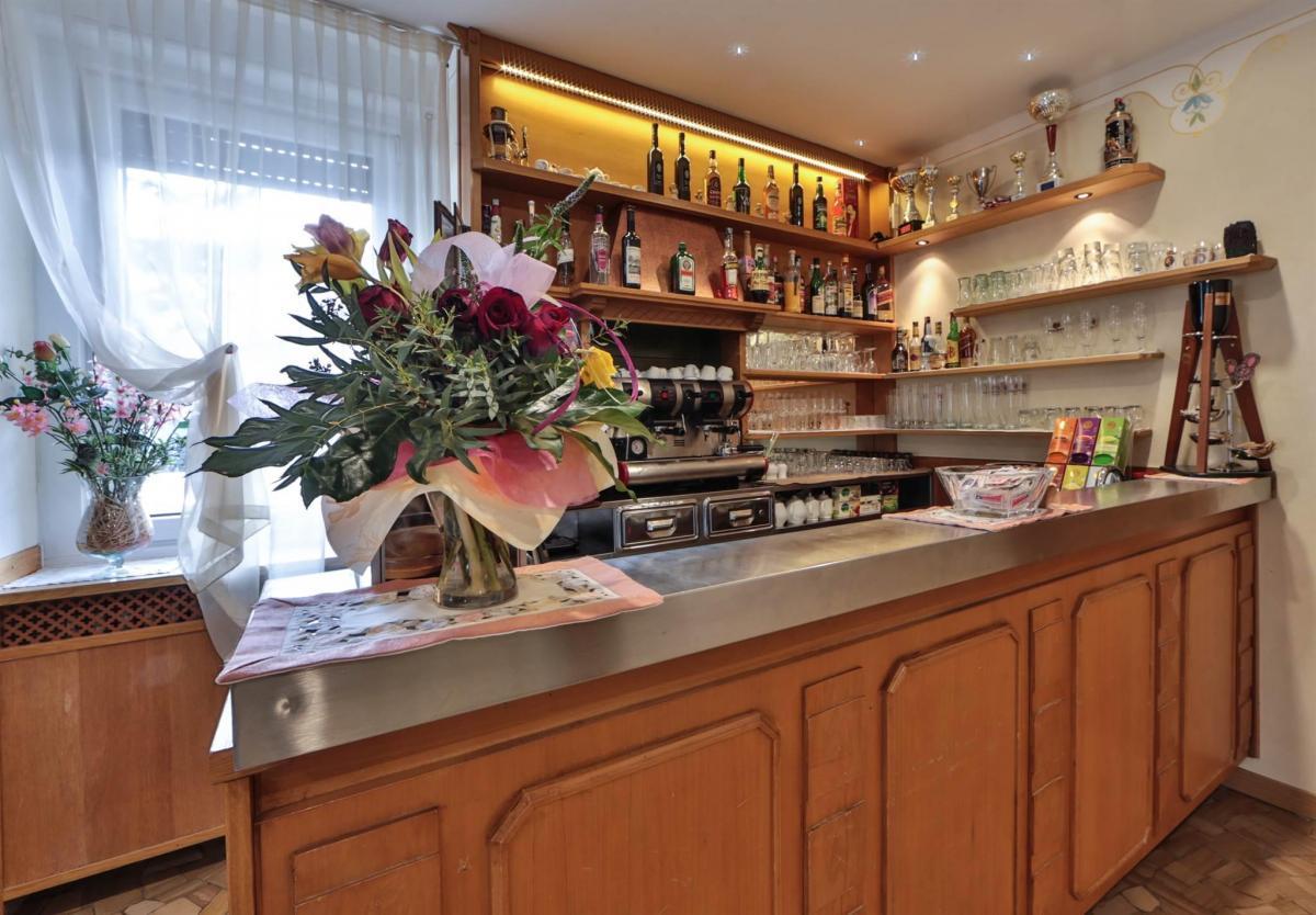 sala bar_hotel fai