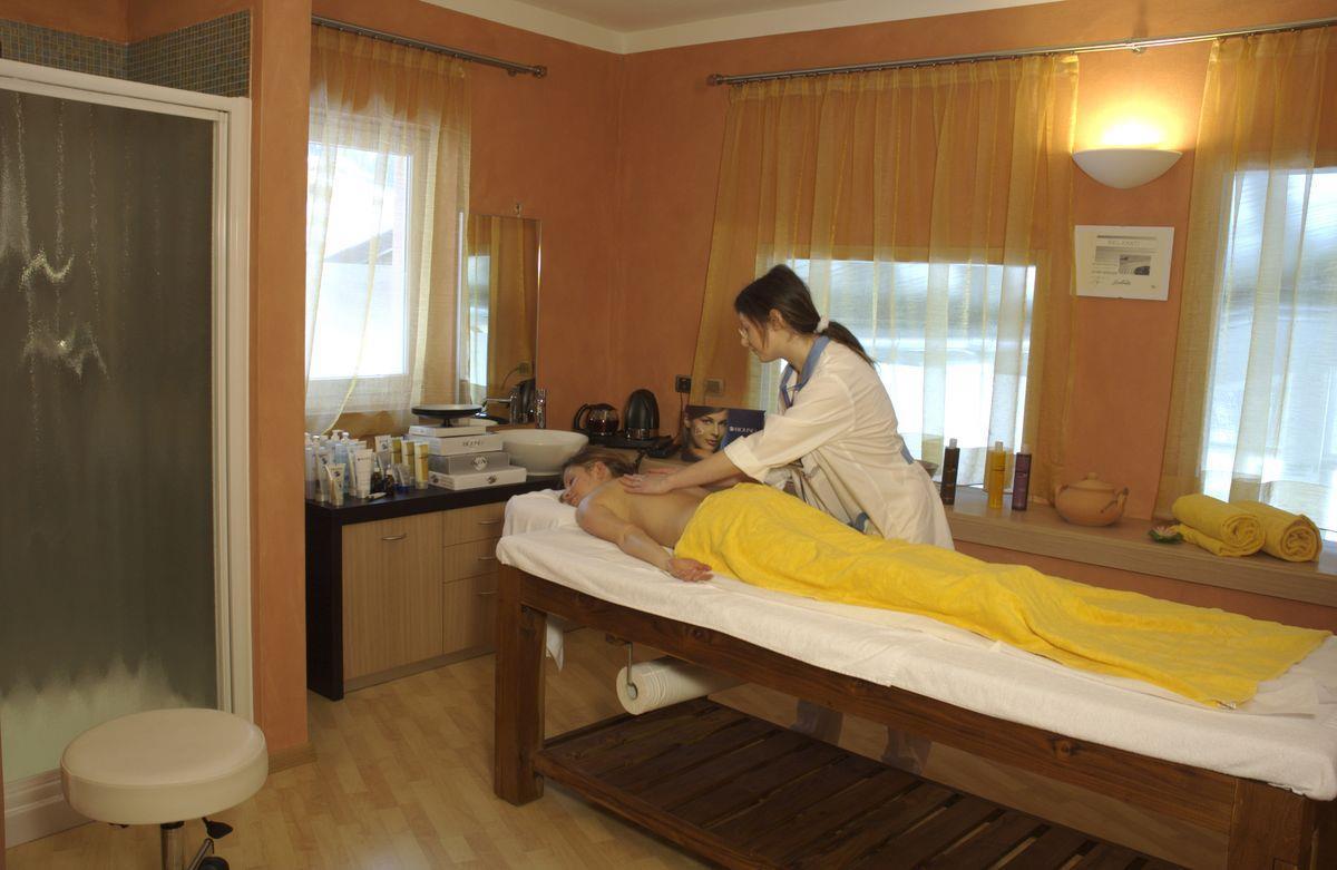 cabina massaggi 02