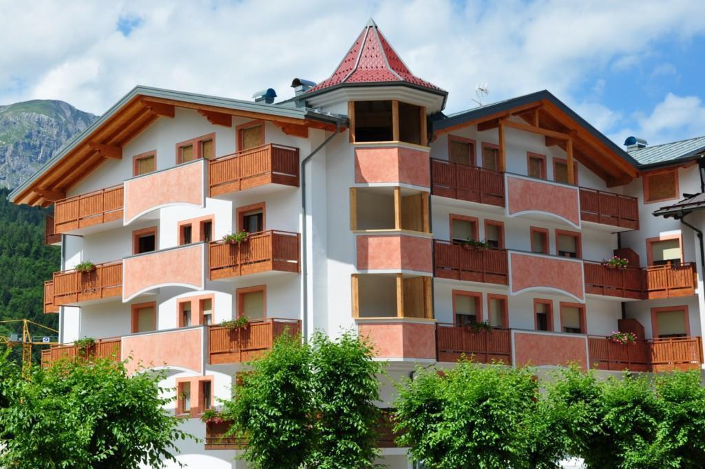 L'Hotel Select in estate
