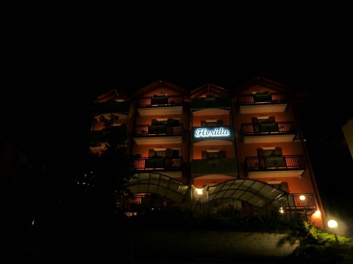 Hotel Florida Molveno notturna