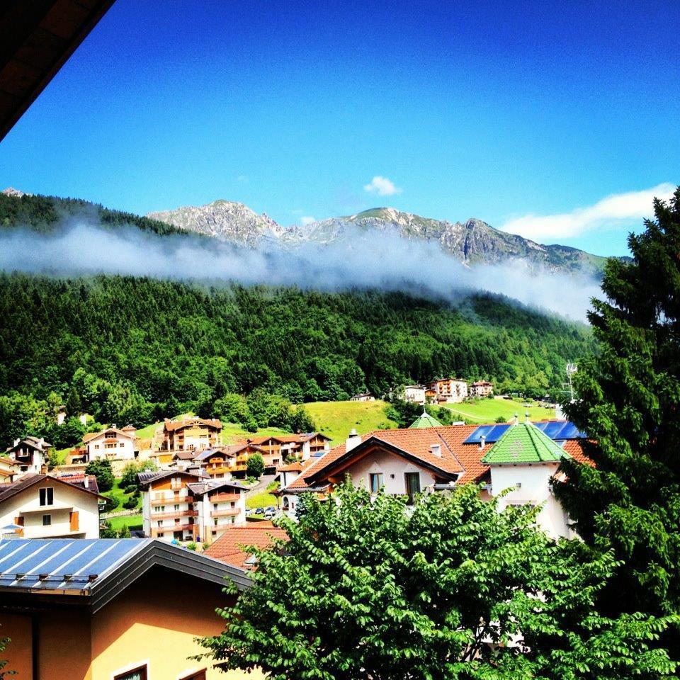 Vista dall'hotel, retro