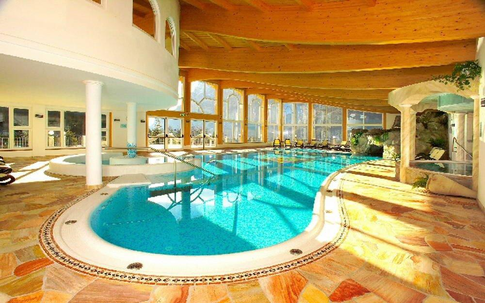 Beauty and care centre centro benessere paradise club center c o hotel belvedere - Hotel trentino con piscina ...