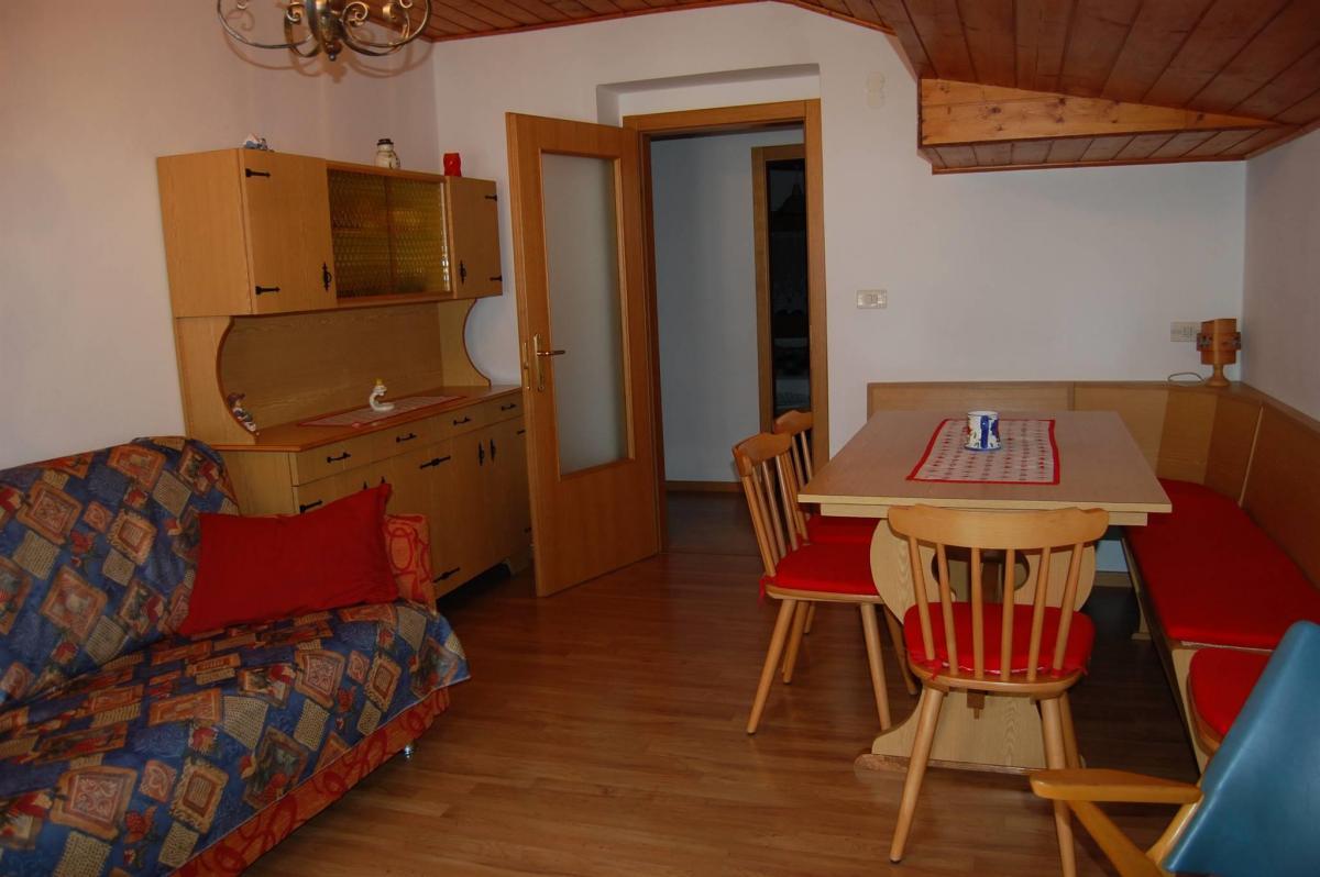 Appartamenti Osti Gino Andalo soggiorno