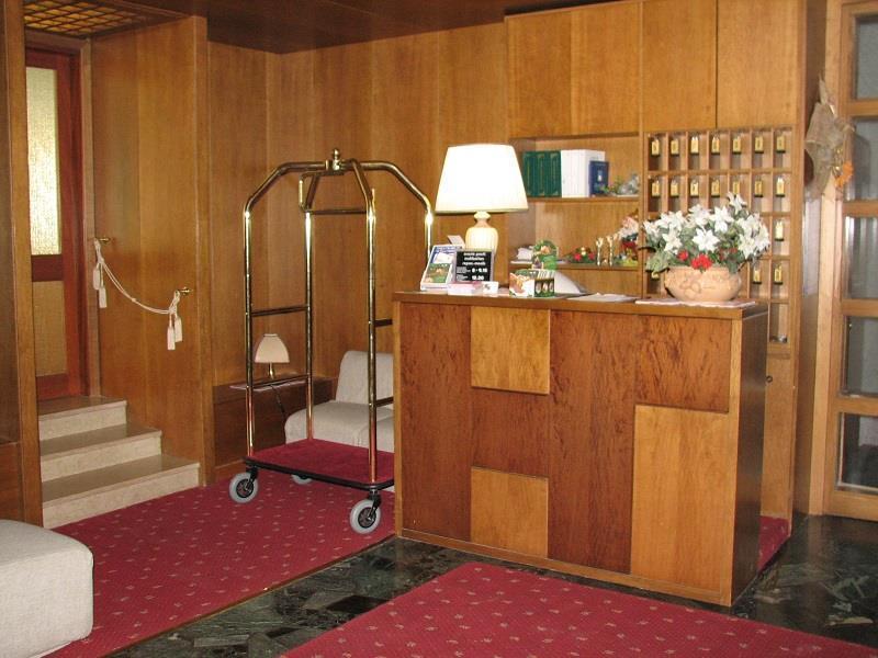 Reception_hotel fai