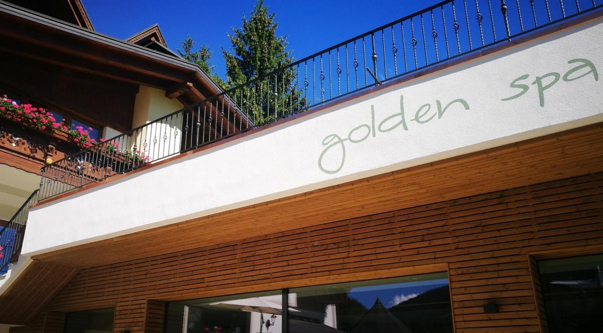 goldenesterna