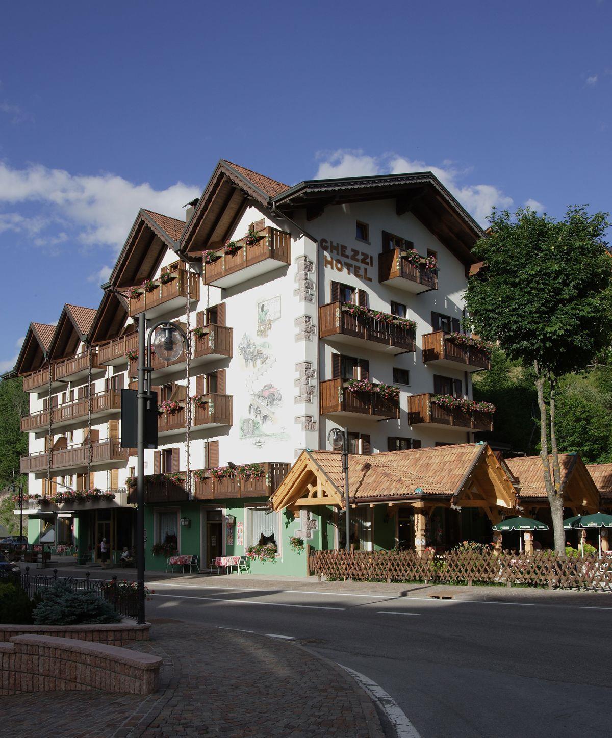 Hotel Ghezzi estate