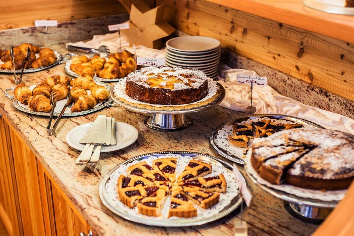 Angolo del dolce sul Buffet della colazione