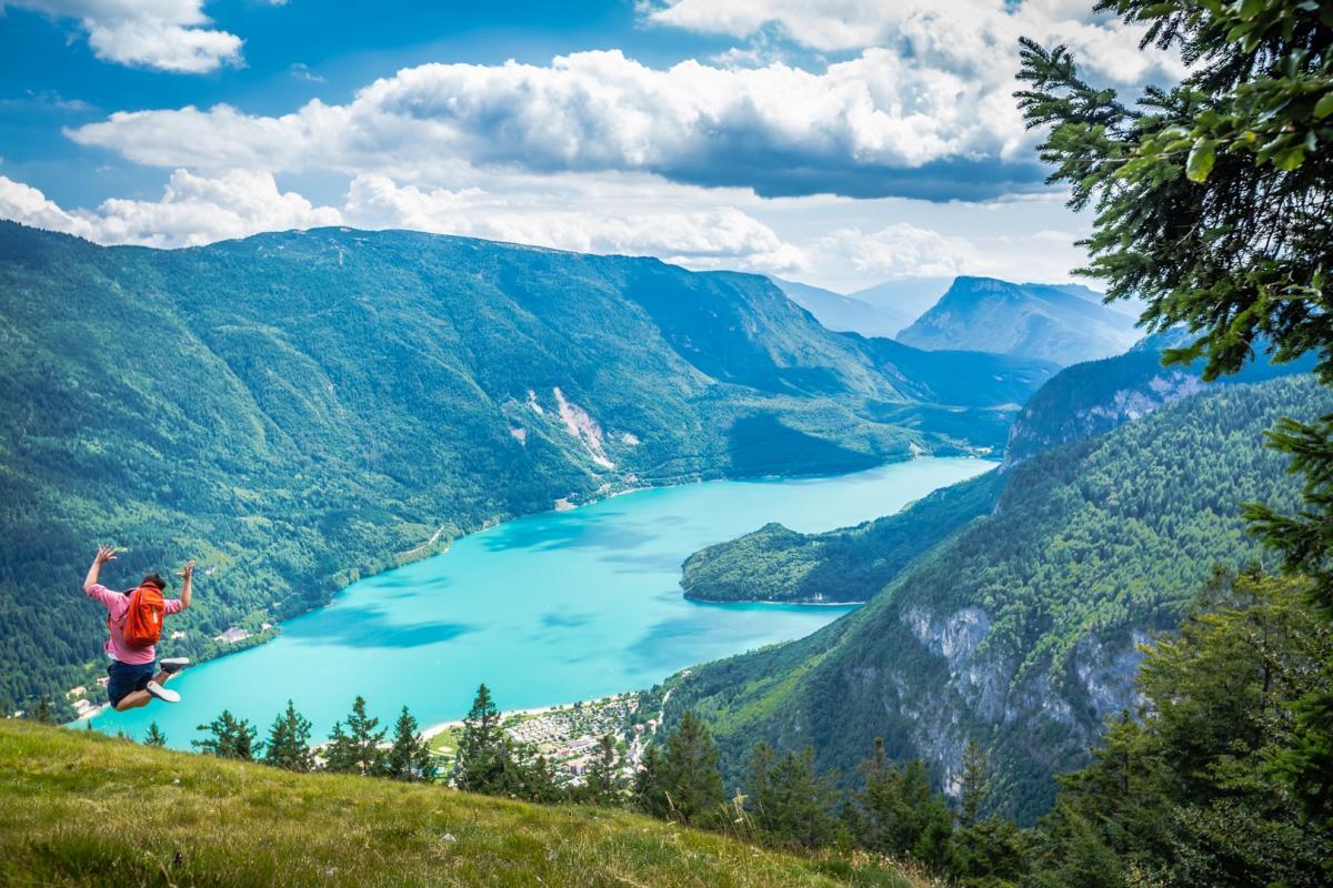 Lago di molveno azienda per il turismo dolomiti paganella for Lago vicino milano