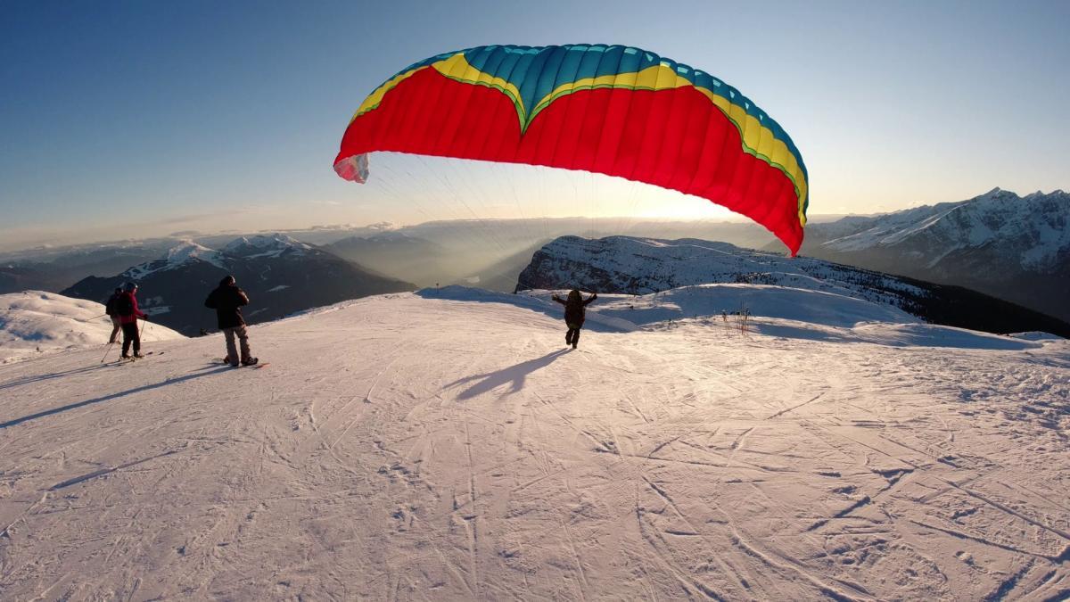 Parapendio Inverno Tramonto