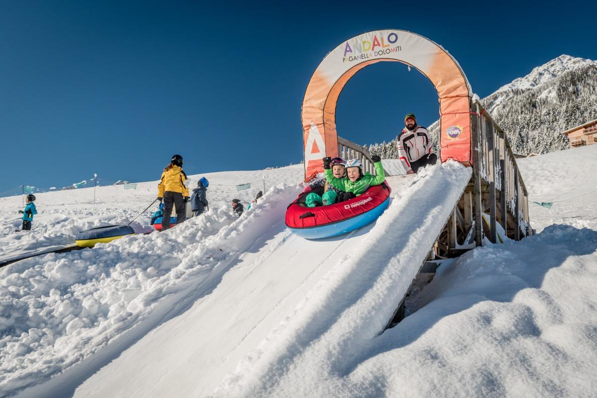 Parchi sulla neve Dolomiti Paganella per la tua vacanza in famiglia in Trentino