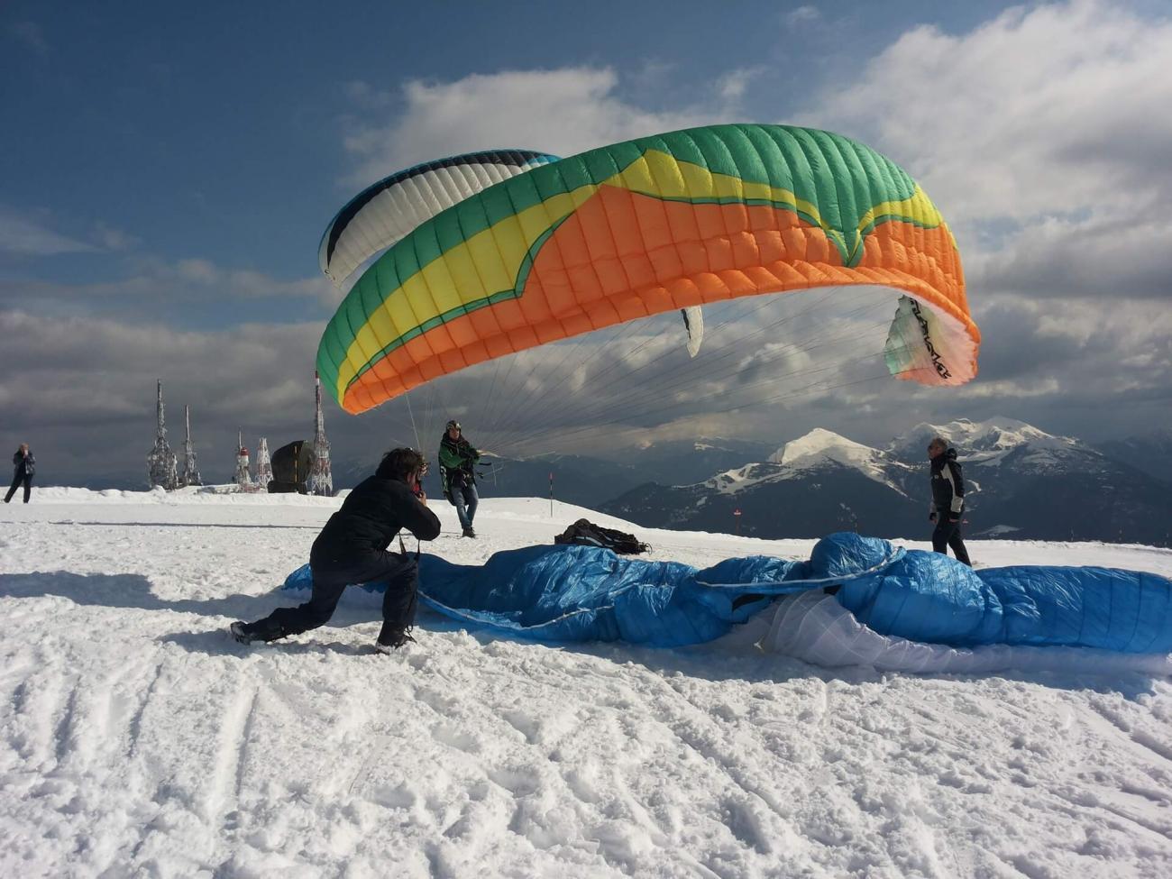 Para-gliding and Hang-gliding