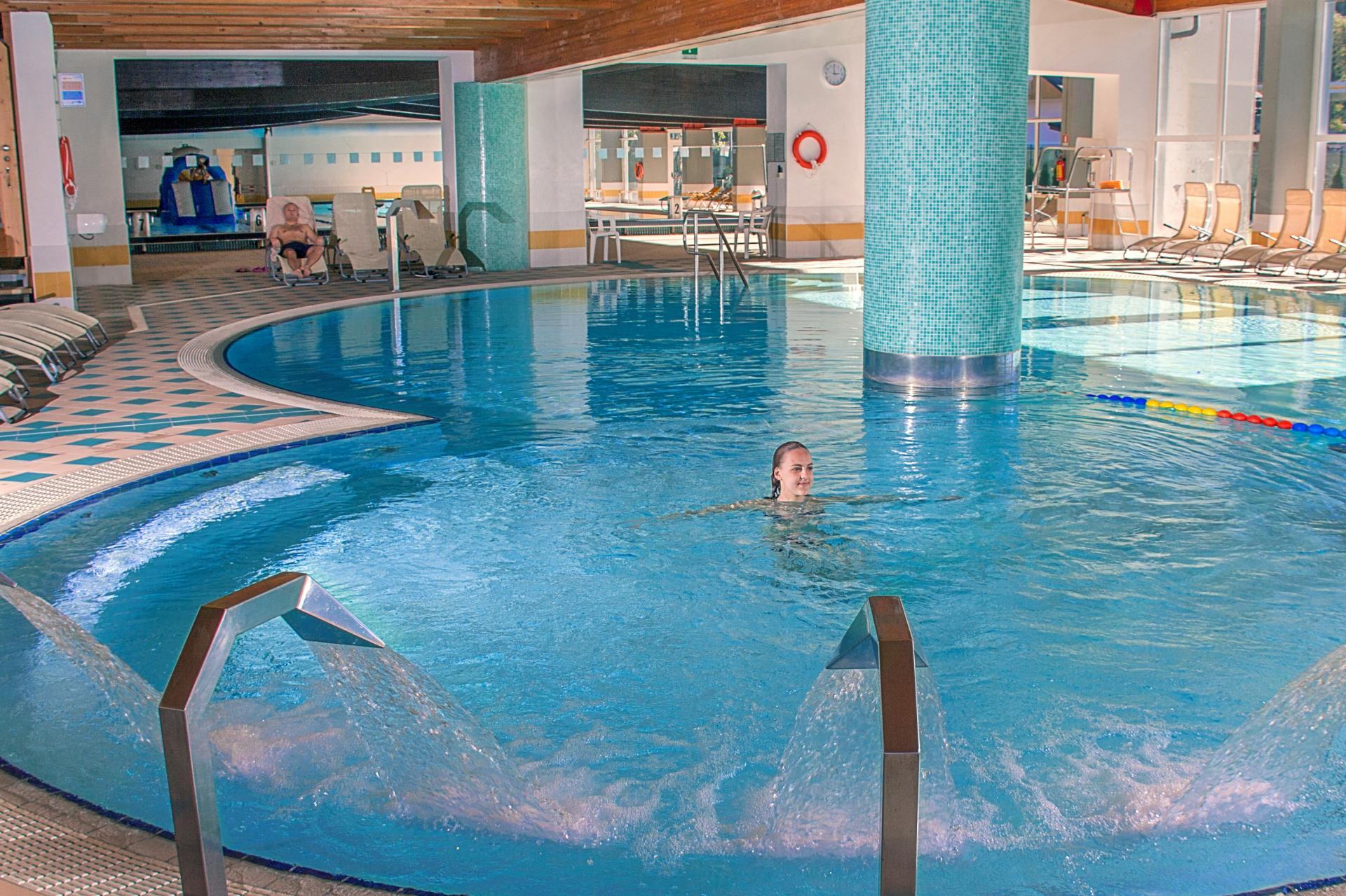2014_PHLuca_Del_Nero_Acquain_piscina_idromassaggio_scivolo_Trentino_Dolomiti_1.jpg