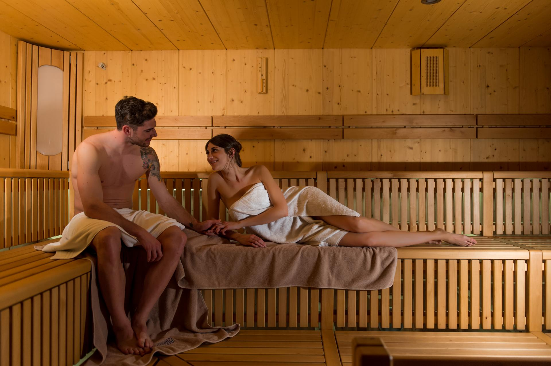 2016_PHMatteoDeStefano_Andalo_LifePark_Acquain_Trentino_Alto_Adige_Paganella_Dolomiti_Spa_Wellness_Benessere_Saune_Sauna_aufguss_433.jpg