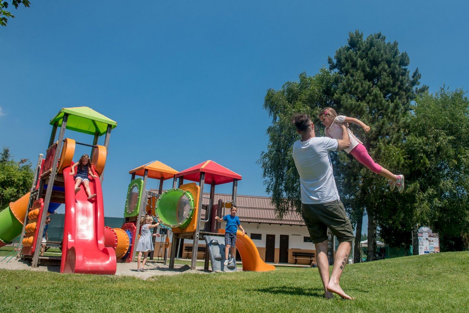 Parchi giochi gratuiti in Paganella!