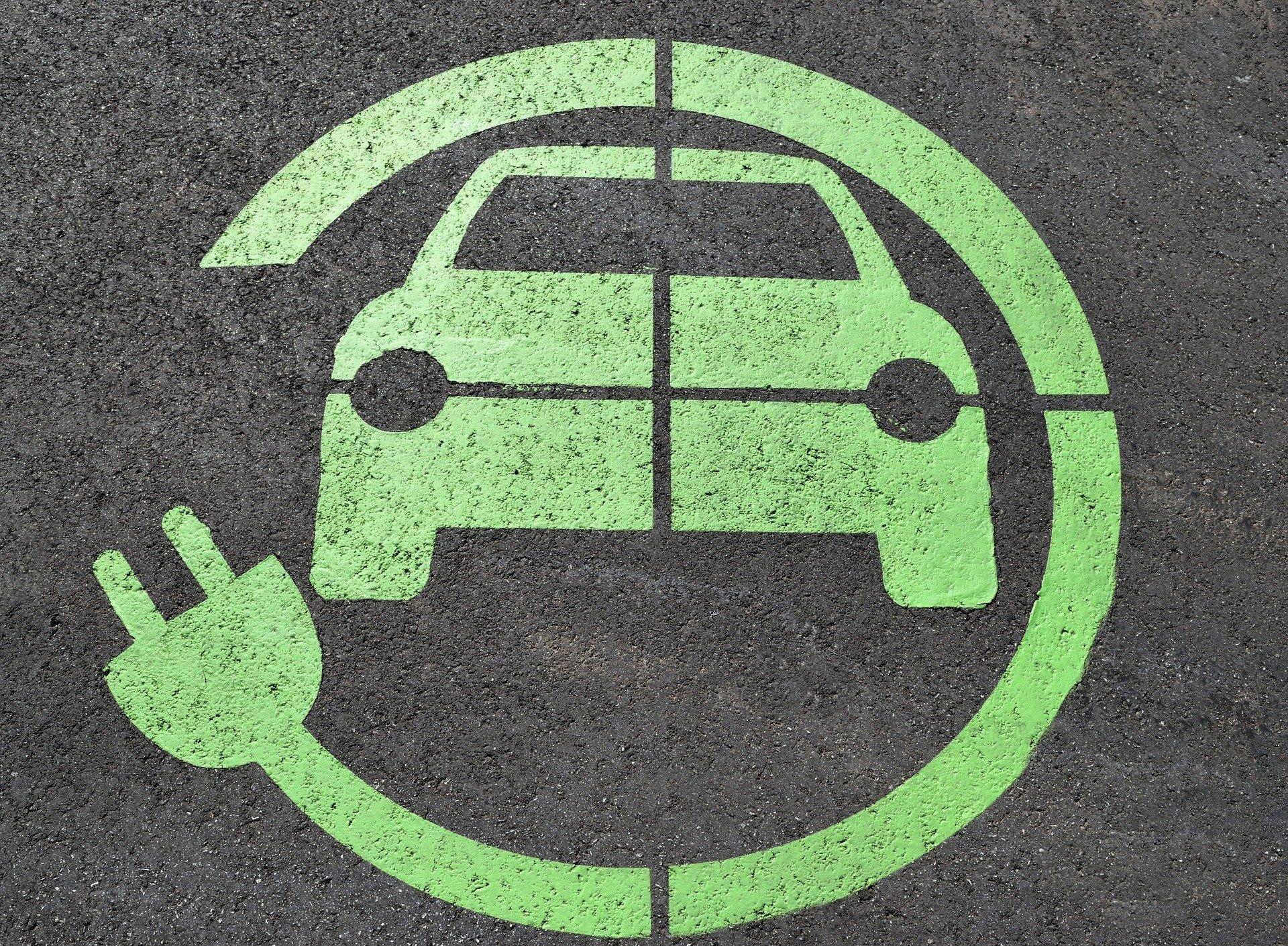 Punti di ricarica bici e auto elettriche