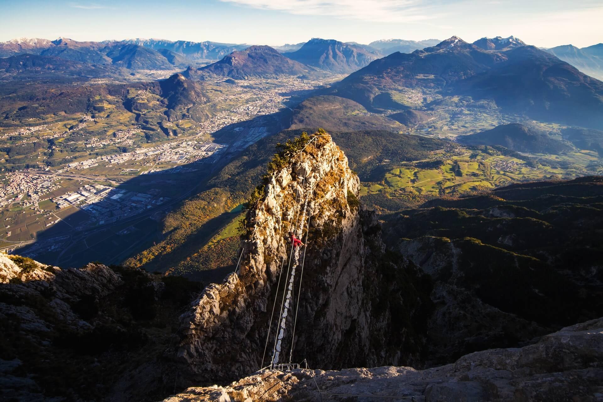 Klettersteig Croda Dei Toni : Klettersteige unternehmen für tourismus dolomiti paganella