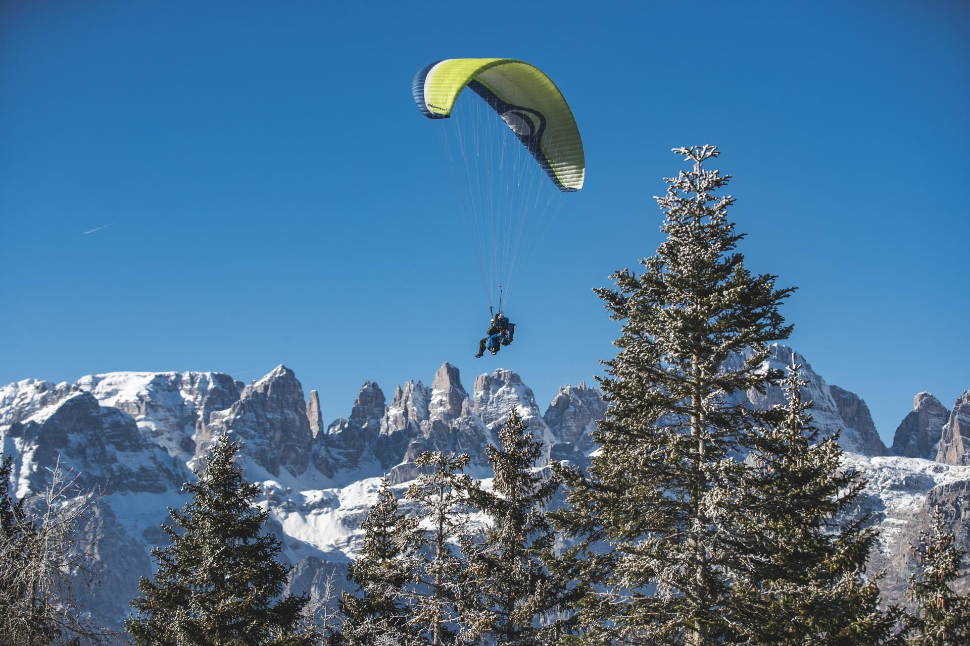 Para-gliding and Hang-gliding