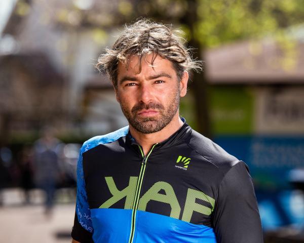 Yanez, from Fai della Paganella to China
