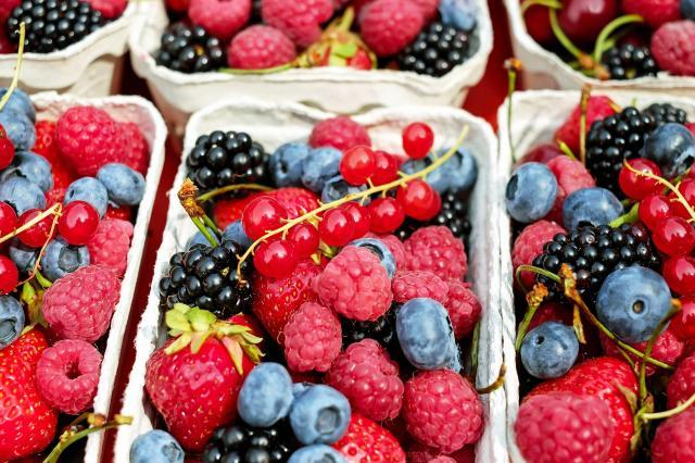Vedi Mercato settimanale & piccolo mercato bio