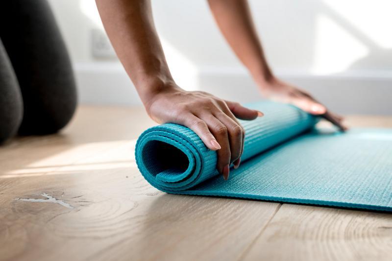 Dove fare yoga in vacanza? Lezione gratuita di yoga in Paganella